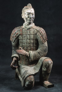 Terracotta knielende boogschutter (Qin dynastie: 221-206 v.Chr.)