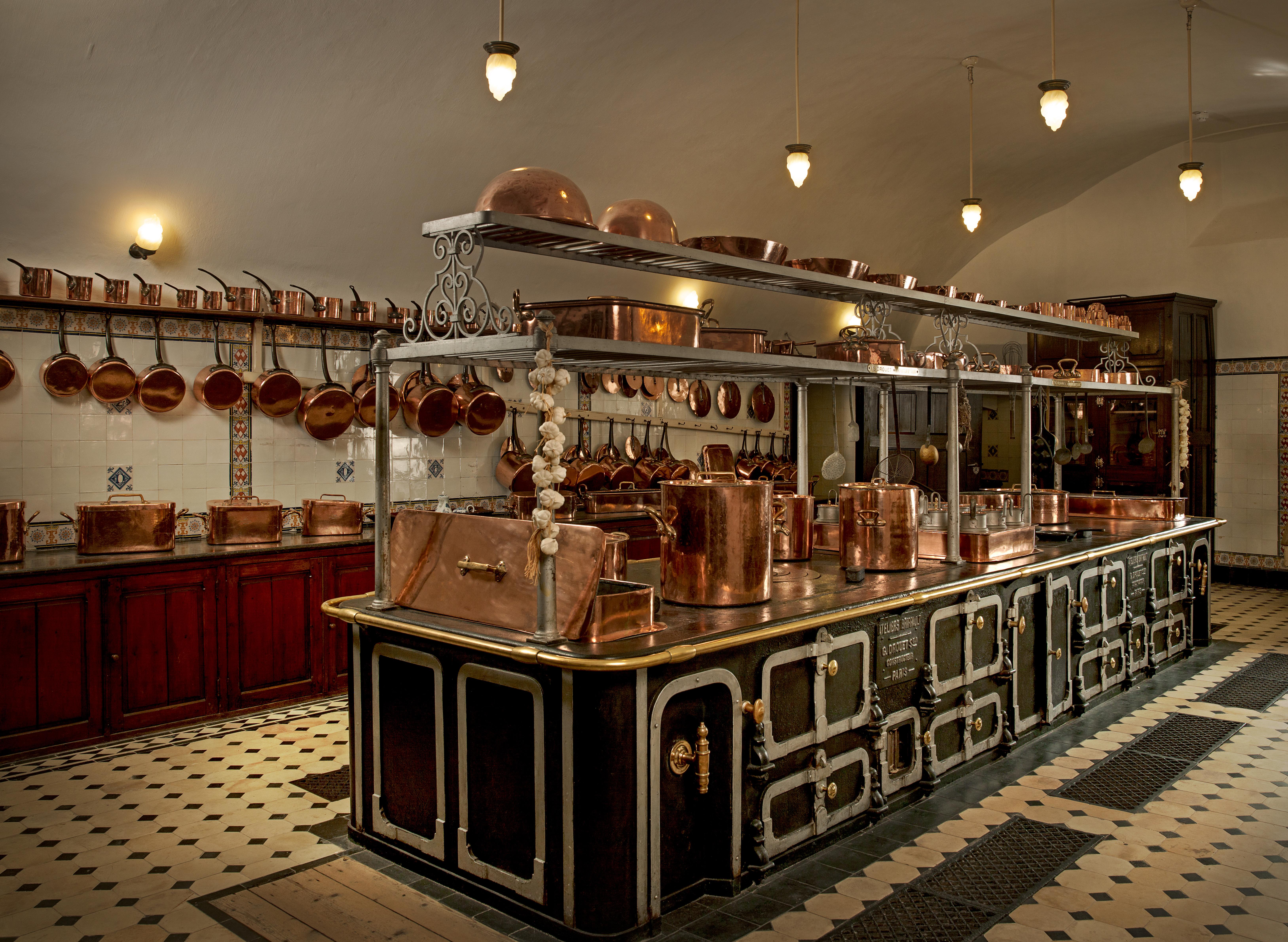 De Haar Keukens : Een kijkje in de keuken van kasteel de haar digitale kunstkrant