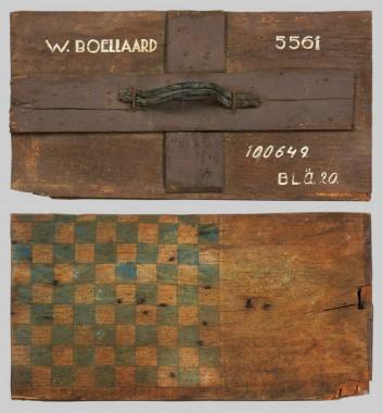 Pim Boellaard -  kampkist van Pim Boellaard, met het dambord, collectie Verzetsmuseum Amsterdam.