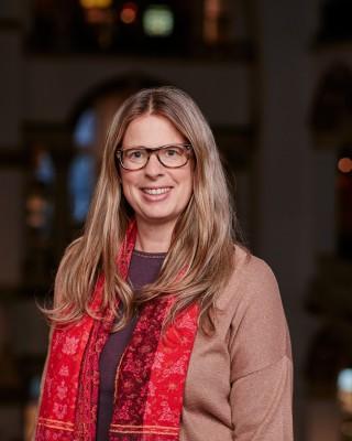 Laura Van Broekhoven.