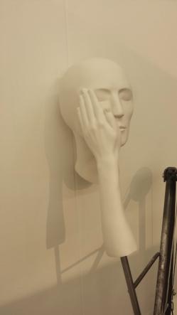 Kinetische sculptuur van Evely Loschy. Te zien op Art Rotterdam.