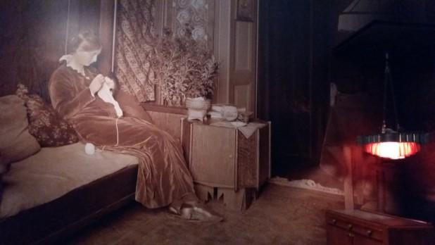 Gigantische uitvergrotingen van foto's uit de jaren 20 versterken het tijdsbeeld. Foto: Evert-Jan Pol.