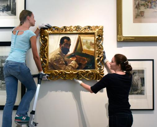 Sir Lawrence Alma-Tadema, Portret van Leopold Löwenstam, de etser, 1883, olieverf op doek, particuliere collectie, wordt gehangen in het Fries Museum. Foto: Marchje Andringa.